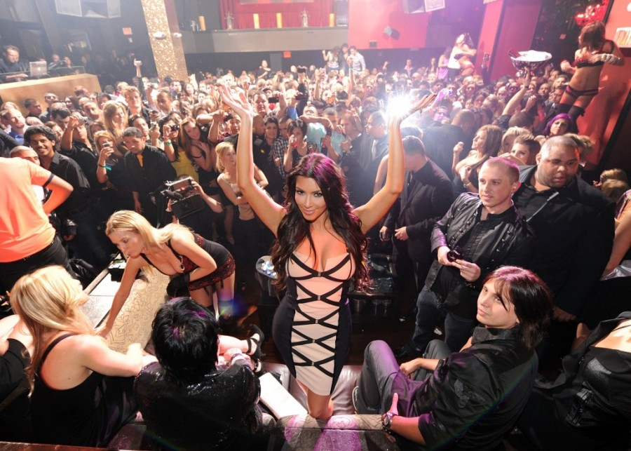 Kim Kardashian getting down..Heeey... okay mybe almost! We might aswell take a photo with her.